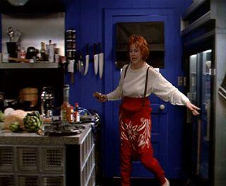 Beetle-Juice_Catherine-OHara_sweater-skirt_full.bmp